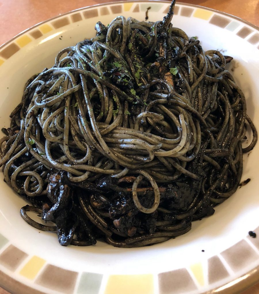 イカ墨スパゲッティ1